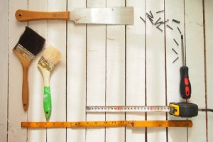 DIY家具で部屋に手作りの温もりを