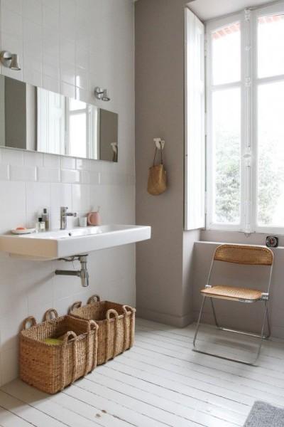 塩系洗面室