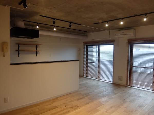 ceiling2-min