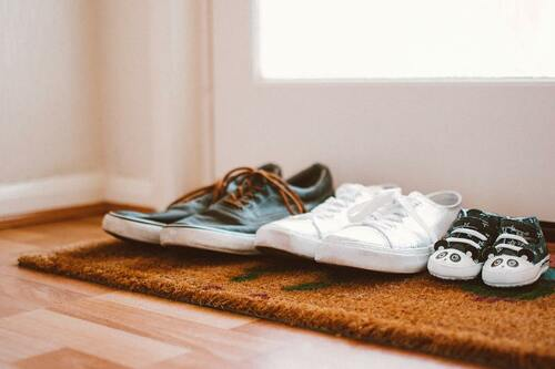 baby-shoes-color-colors-1909014-1-min-1 (1)