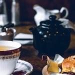 秋の夜長はあたたかい紅茶を入れて……
