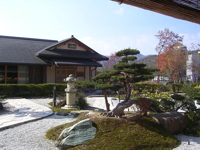japan-81801_640