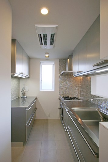 closed-kitchen