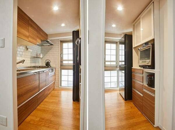 キッチン収納の例。二列型のキャビネットと吊り戸棚で、食器や鍋類、こまごましたキッチンツールも全て中に入れられる。