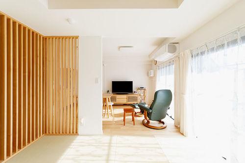 カーテンの選び方:和室の窓には自然色のカーテンが馴染みやすい