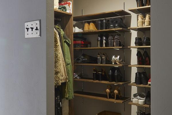 shoes_closet