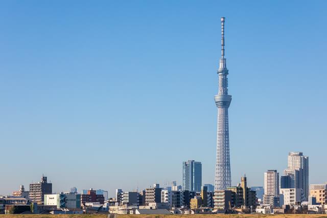 快晴の青空と東京ス