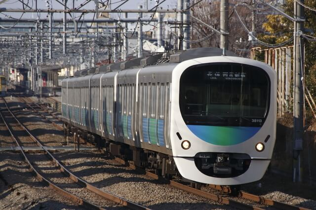 西武新宿線の車両