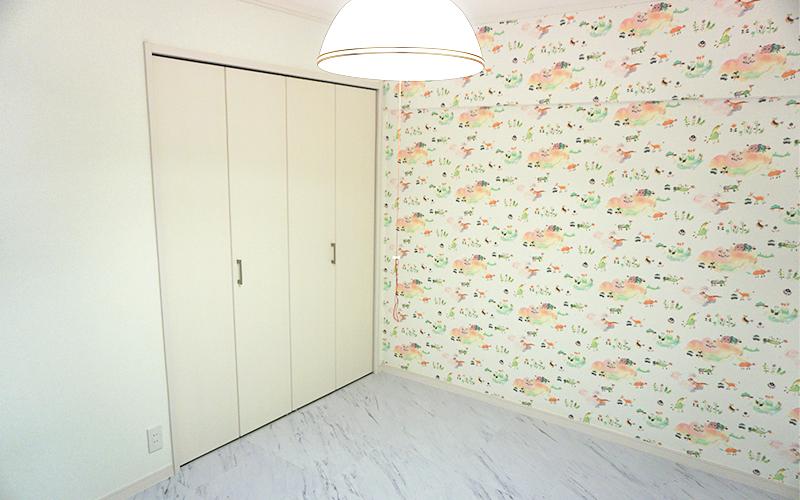 お子様自身がえらんだ壁紙がかわいい子ども部屋